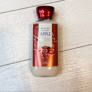 B&BW Winter Candy Apple Body Lotion